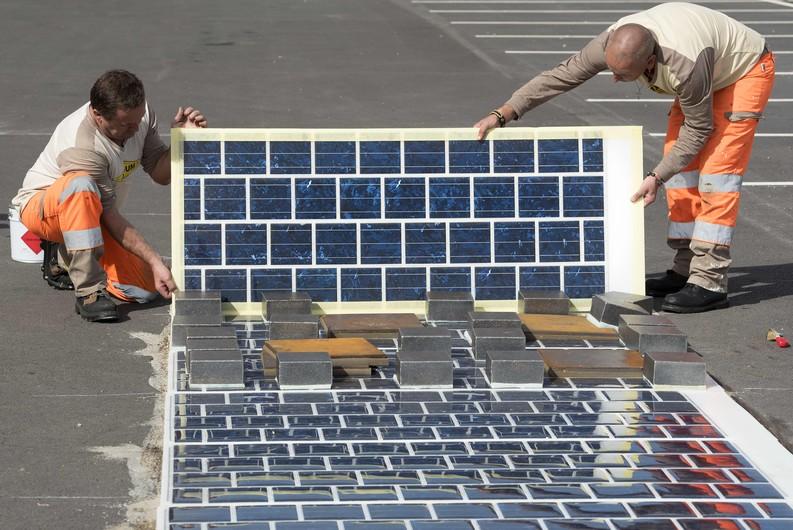 route en panneau photovoltaïque